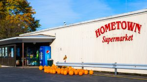 Hometown Supermarket exterior